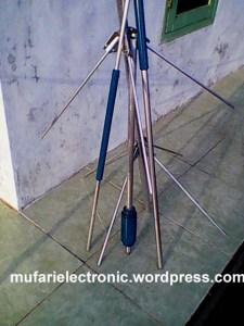 Antena Telex Hygain V2R modif 4 X 5/8 Lambda | ..:: MUFARI ...